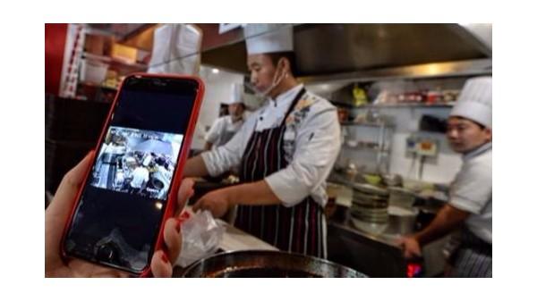 5G技术带领餐饮后厨直播